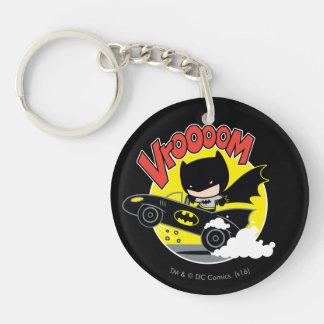 Chibi Batman en el Batmobile Llavero Redondo Acrílico A Doble Cara