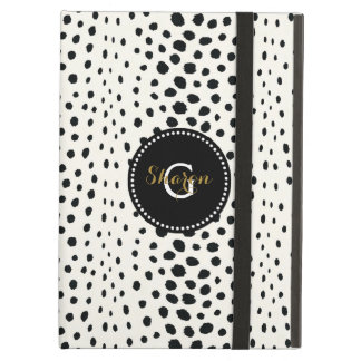 Chic black white cheetah print pattern monogram iPad air case