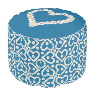 Chic Daisy Chains on Blue, Custom Round Pouf