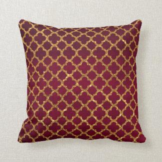 Chic Gold Glitter Quatrefoil Girly Red Burgundy Throw Pillow