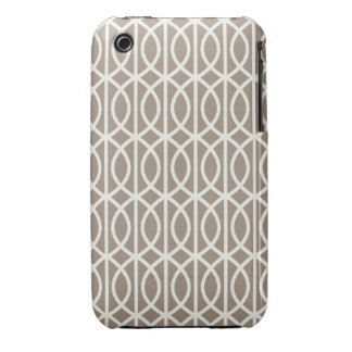 Chic Mocha and White Moroccan Trellis Pattern iPhone 3 Cases