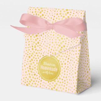 Chic pink faux gold glitter cheetah print monogram favor box