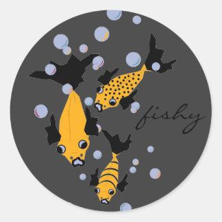 CHIC STICKER_3 YELLOW FISH  ON GRAY CLASSIC ROUND STICKER