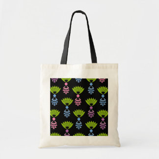 CHIC TOTE_MODERN PASTEL PINEAPPLES BUDGET TOTE BAG