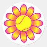 Chica amarillo del tenis pegatina redonda
