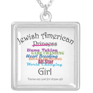Chica americano judío colgante cuadrado
