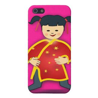 Chica asiático en dibujo animado de la ropa del ch iPhone 5 cárcasa