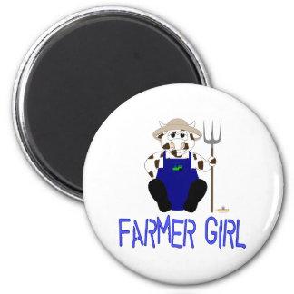 Chica azul del granjero de Brown y de la vaca blan Imanes De Nevera