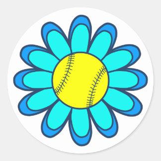 Chica azul del softball de la aguamarina etiqueta redonda