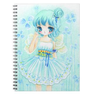 Chica azul lindo de la hada del animado libros de apuntes con espiral