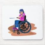 Chica Ball.png de la silla de ruedas Alfombrillas De Ratones