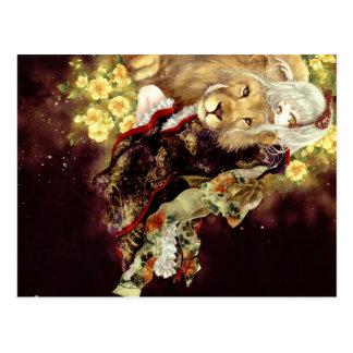 chica con animado del león tarjetas postales