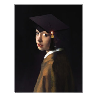 """Chica con el gorra de la graduación (pendiente de folleto 8.5"""" x 11"""""""