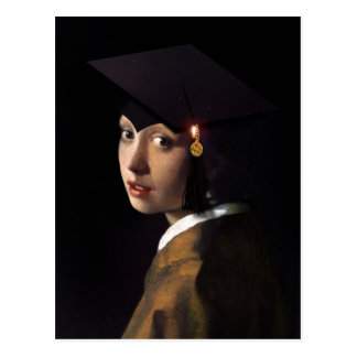 Chica con el gorra de la graduación tarjeta postal