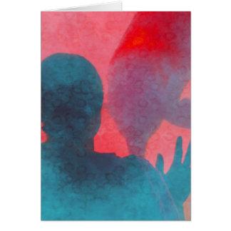 Chica con la mano para arriba por el rosa azul del tarjeta de felicitación