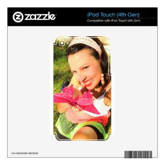 Chica con la mariposa iPod touch 4G calcomanía