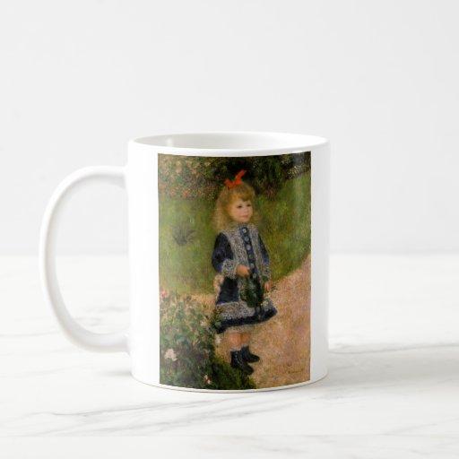 Chica con la regadera tazas de café