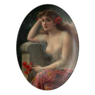 Chica con una amapola de Emilio Vernon Badeja De Porcelana