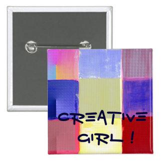 ¡Chica creativo! con los controles coloridos Pins