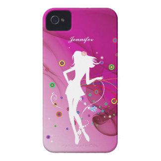 Chica de baile de la moda con el fondo rosado el | iPhone 4 fundas
