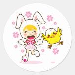 Chica de conejito y pequeño polluelo pegatinas
