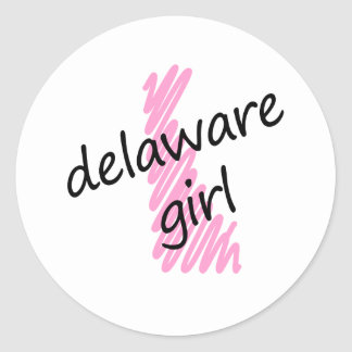 Chica de Delaware con el mapa garabateado de Pegatina Redonda