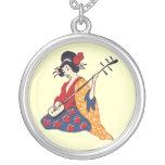 Chica de geisha japonés de la mujer en kimono colgantes personalizados