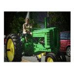 Chica de granja tarjetas postales