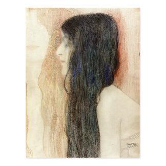 Chica de Gustavo Klimt- con el pelo largo Tarjeta Postal