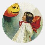 Chica de Halloween Pegatina Redonda