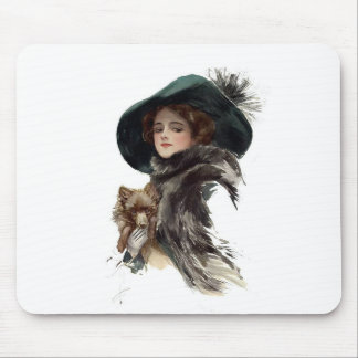 Chica de Harrison Fisher en un gorra del trullo Alfombrilla De Raton