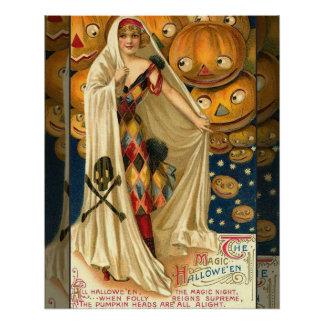 Chica de la aleta de Halloween del vintage Perfect Poster
