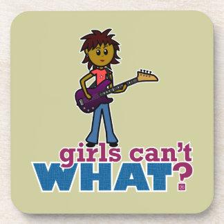 Chica de la guitarra baja posavasos