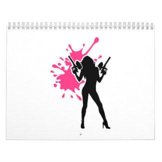 Chica de la mujer del chapoteo de Paintball Calendario De Pared