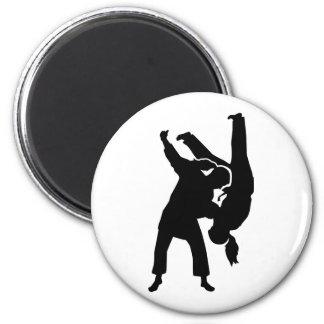 Chica de la mujer del judo imán redondo 5 cm