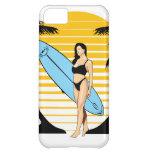Chica de la persona que practica surf