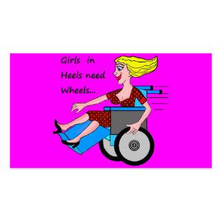 Chica de la silla de ruedas en talones tarjetas de visita
