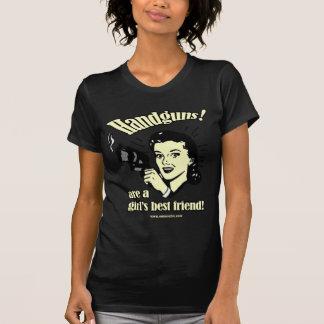 Chica de las armas de mano camiseta