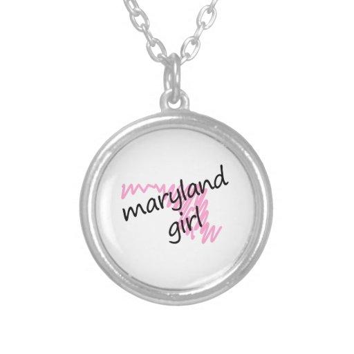Chica de Maryland con el mapa garabateado de Maryl Colgante Redondo