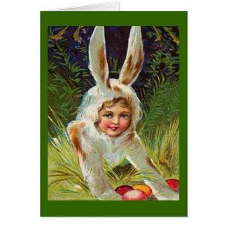 Chica de Pascua del vintage en tarjeta del traje