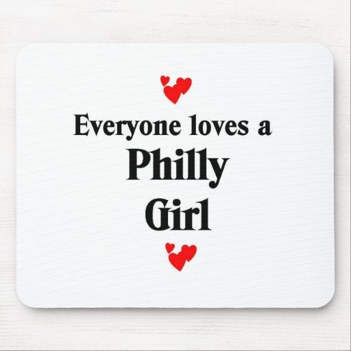 Chica de Philly Alfombrillas De Ratón