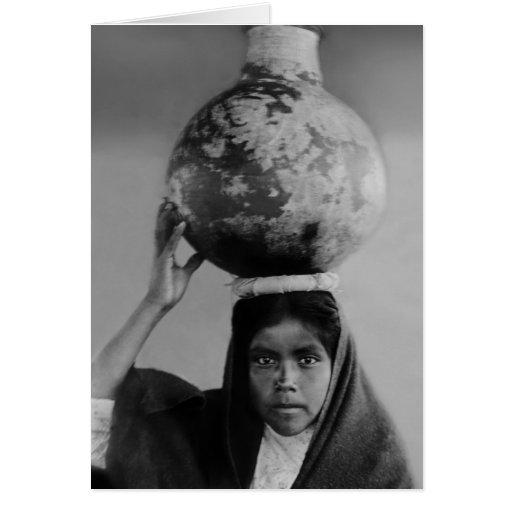 Chica del agua de Qahatika Tarjeta De Felicitación