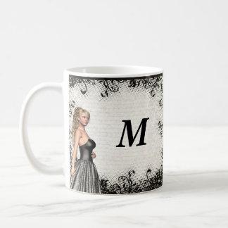 Chica del baile de fin de curso en un vestido taza de café