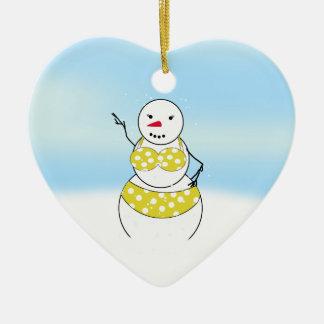 Chica del bikini de los muñecos de nieve del adorno navideño de cerámica en forma de corazón
