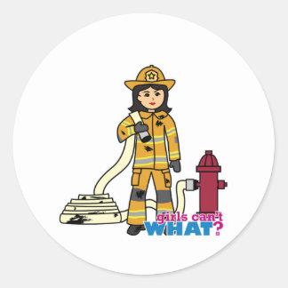 Chica del bombero - Brunette Pegatina Redonda