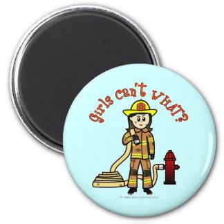 Chica del bombero imán redondo 5 cm