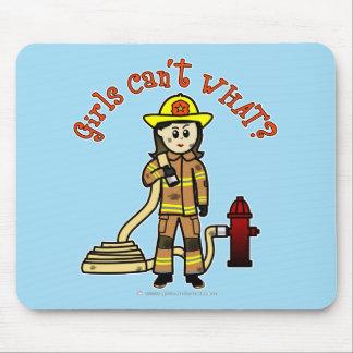 Chica del bombero tapetes de raton