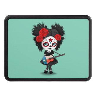 Chica del cráneo del azúcar que toca la guitarra tapas de remolque