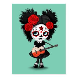 Chica del cráneo del azúcar que toca la guitarra tarjetas postales