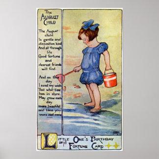 Chica del cumpleaños de agosto en la playa póster